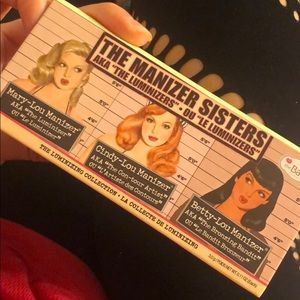 The balm manizer sister kit